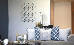 DESIGN STORIES :: A FAMILY APARTMENT WITH PIZZAZZ!