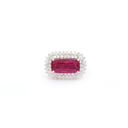 Natural Oval Ruby Diamond Cluster 18Kt Gold Ring