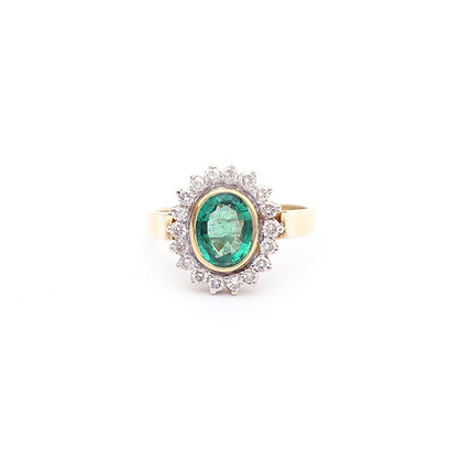 Cluster Emerald Diamonds Ring