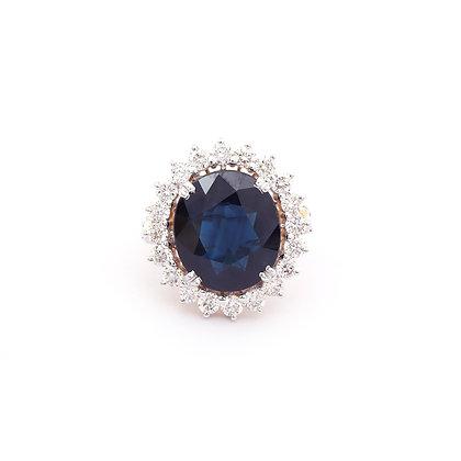 Pellicid Blue Sapphire Diamonds Ring