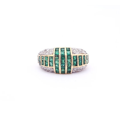 Princess Cut Emerald Diamonds Ring