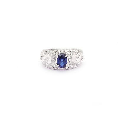 Elegant Blue Sapphire Diamonds Ring