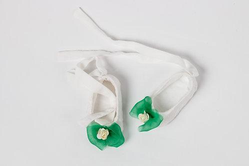 Papucei botez fetite cu funda si floricica Ploaie de Vara