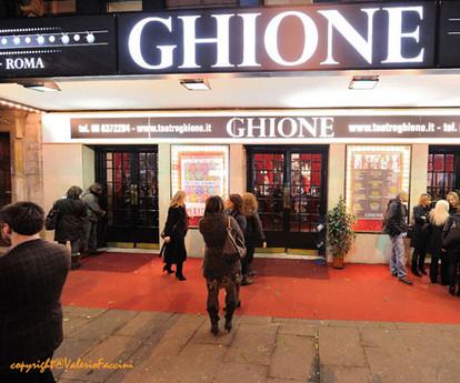 Teatro-ghione_esterni_sconto_con_carta_p