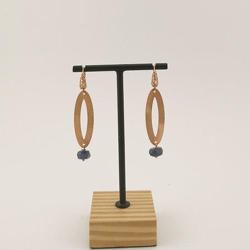 Ohrringe mit blauem Stein