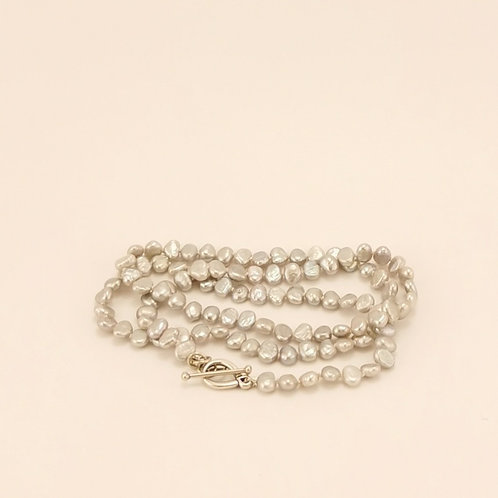 Perlenkette & Perlenarmband in Einem
