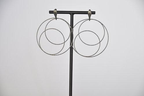 Ohrring mit zwei Ringen