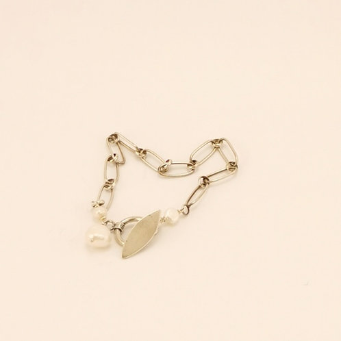 Silberarmband mit Knebelverschluss