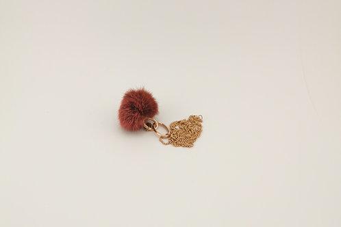 Kettenanhänger aus rotem Fuchspelz & Kette