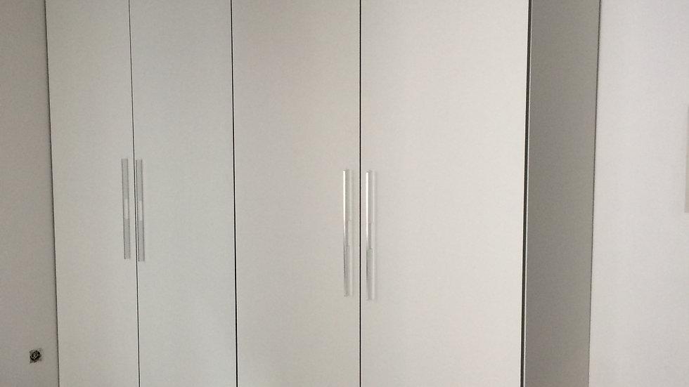 Шкаф современный