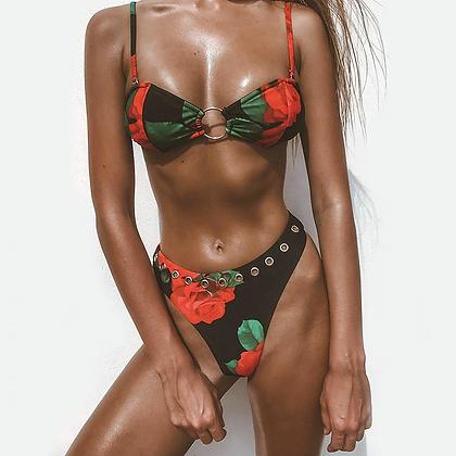 Bikini Floral Dark Roses Maddox asos h&m soldes maillot de bain festival festigals 2019