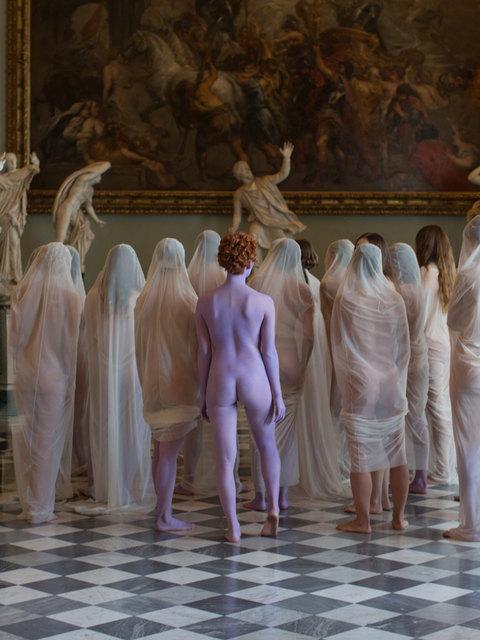 Dalla vergogna alla timidezza allo splendore: l'arte come arena della vergogna