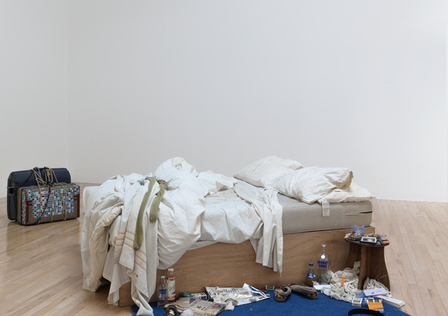 """Tracey Emin, """"My bed"""", 1998. Courtesy of Tate and the artist © Tracey Emin"""