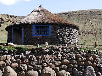 Une maison basotho croisée sur la route du Katse Dam
