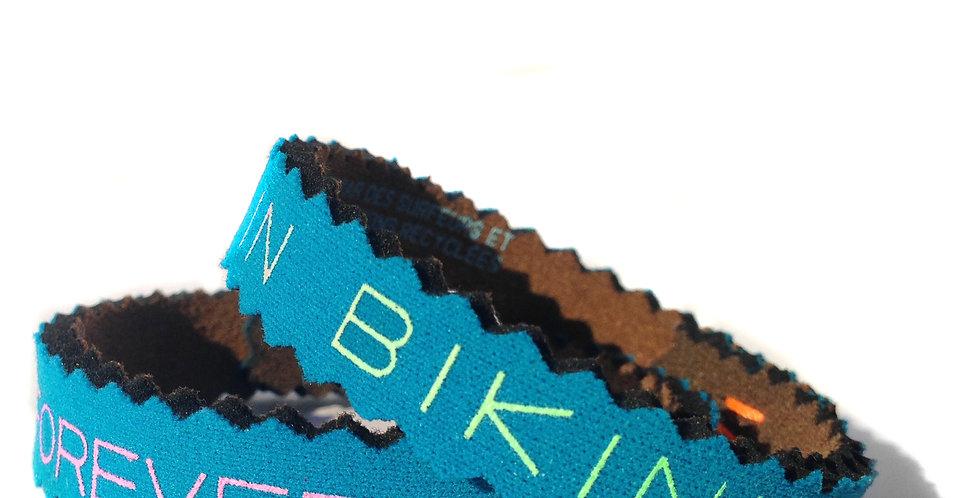 Bracelet,bijou,surf,combinaison recyclée,fabrication,artisanale,design,Neocombine,sérigraphie,cadeau,foreverinbikini,bleu