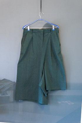 型格墨綠不規則八分褲
