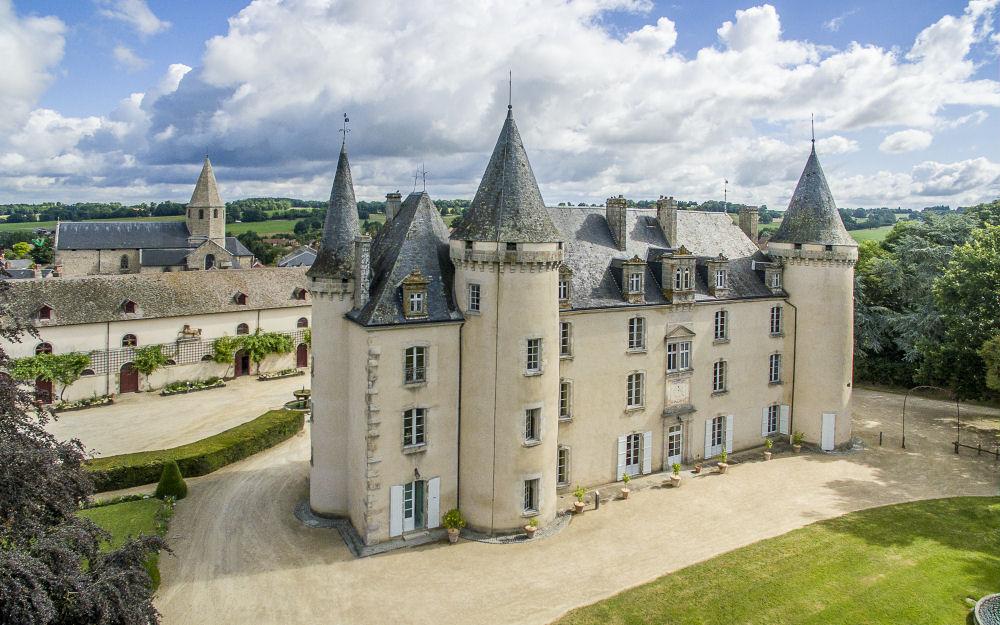 chateau4000x2500