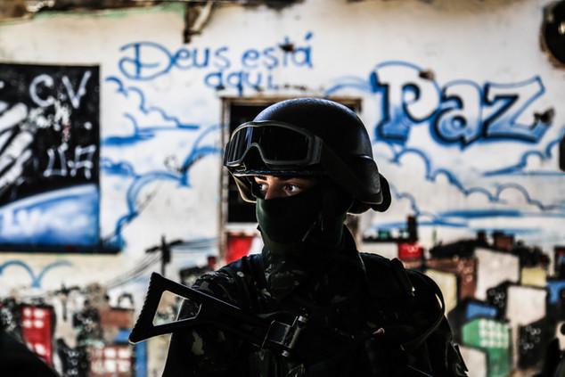 A soldier patrols a street during an operation of the armed foces in Jacarezinho Slum. Rio de Janeiro, 01/18/18