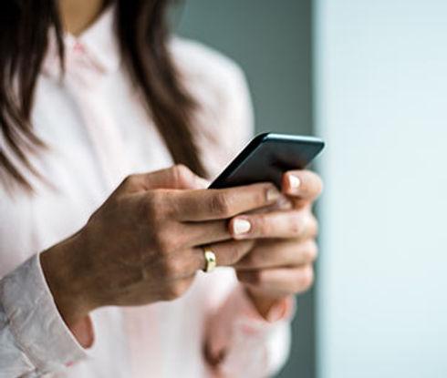 cell-phone-hands.jpg