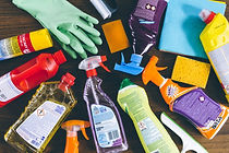 household_cleaning_products_7-1000x667.j