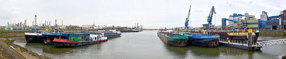 Rotterdam botlek panorama 3 def .jpg