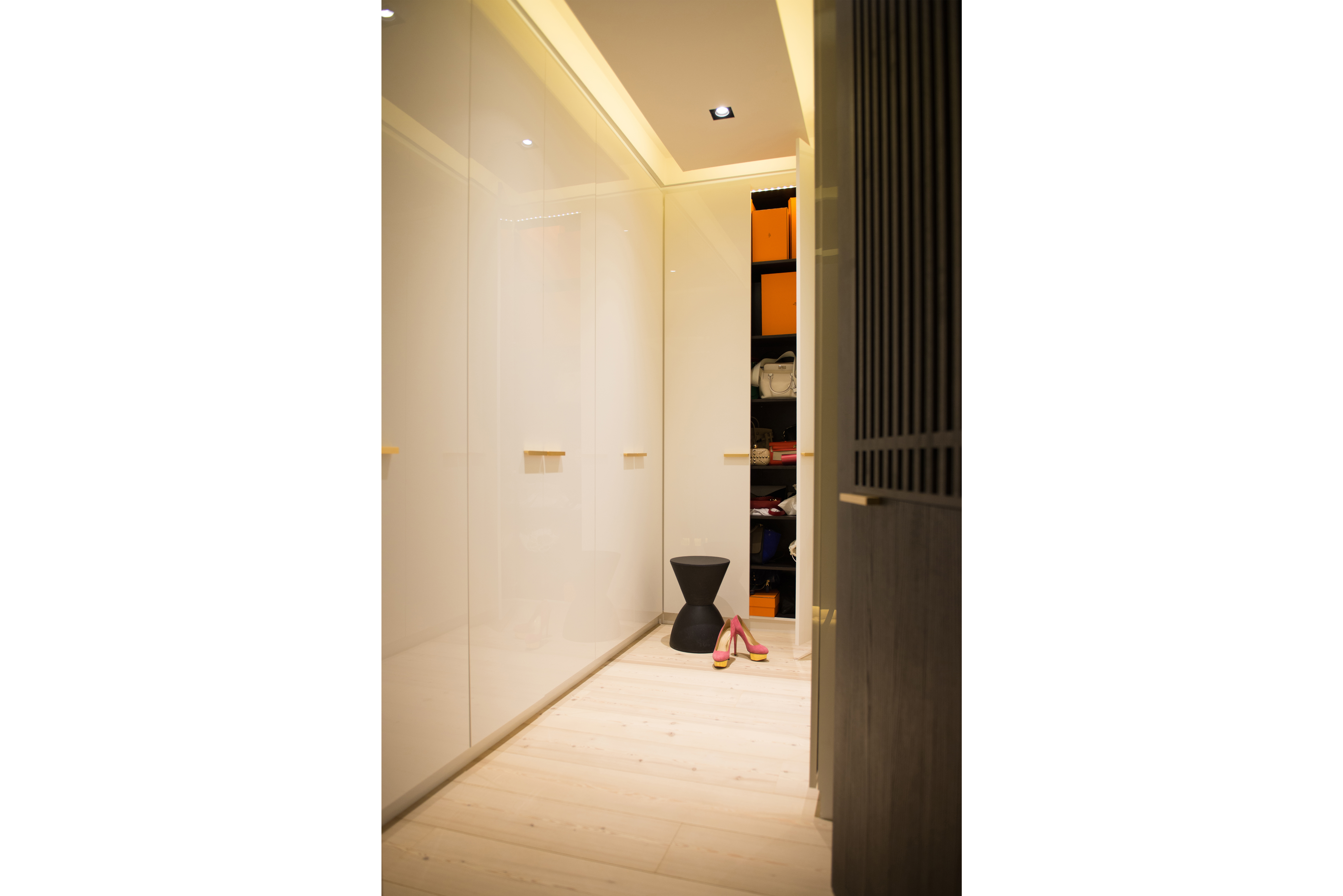 shoe cabinet 01