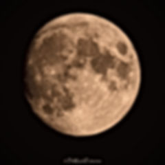 la lune pleine-0732_edited.jpg