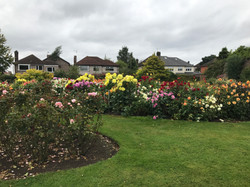 reynolds-park-walled-garden-2