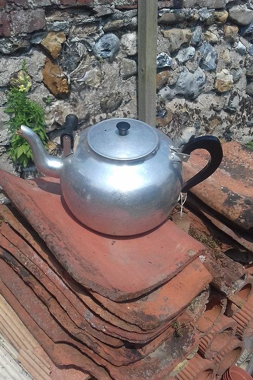 Swan aluminium 8 pint Teapot