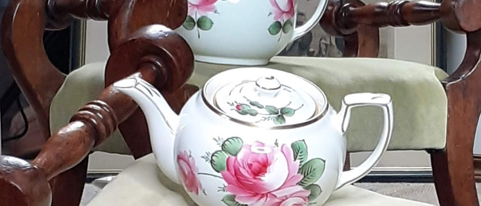 Hammersley & Co for T Goode & Co Teapot
