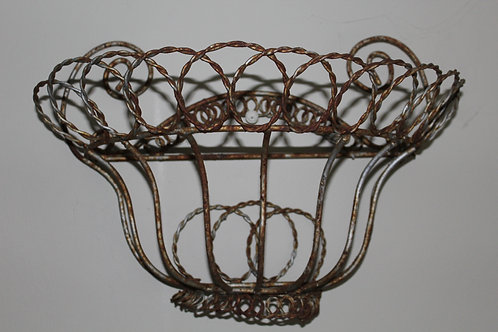 Wire Wall planter