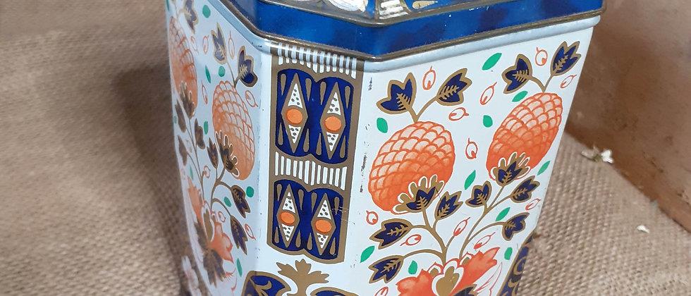 Imari pattern tea caddy