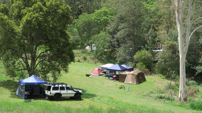 Damside Camping