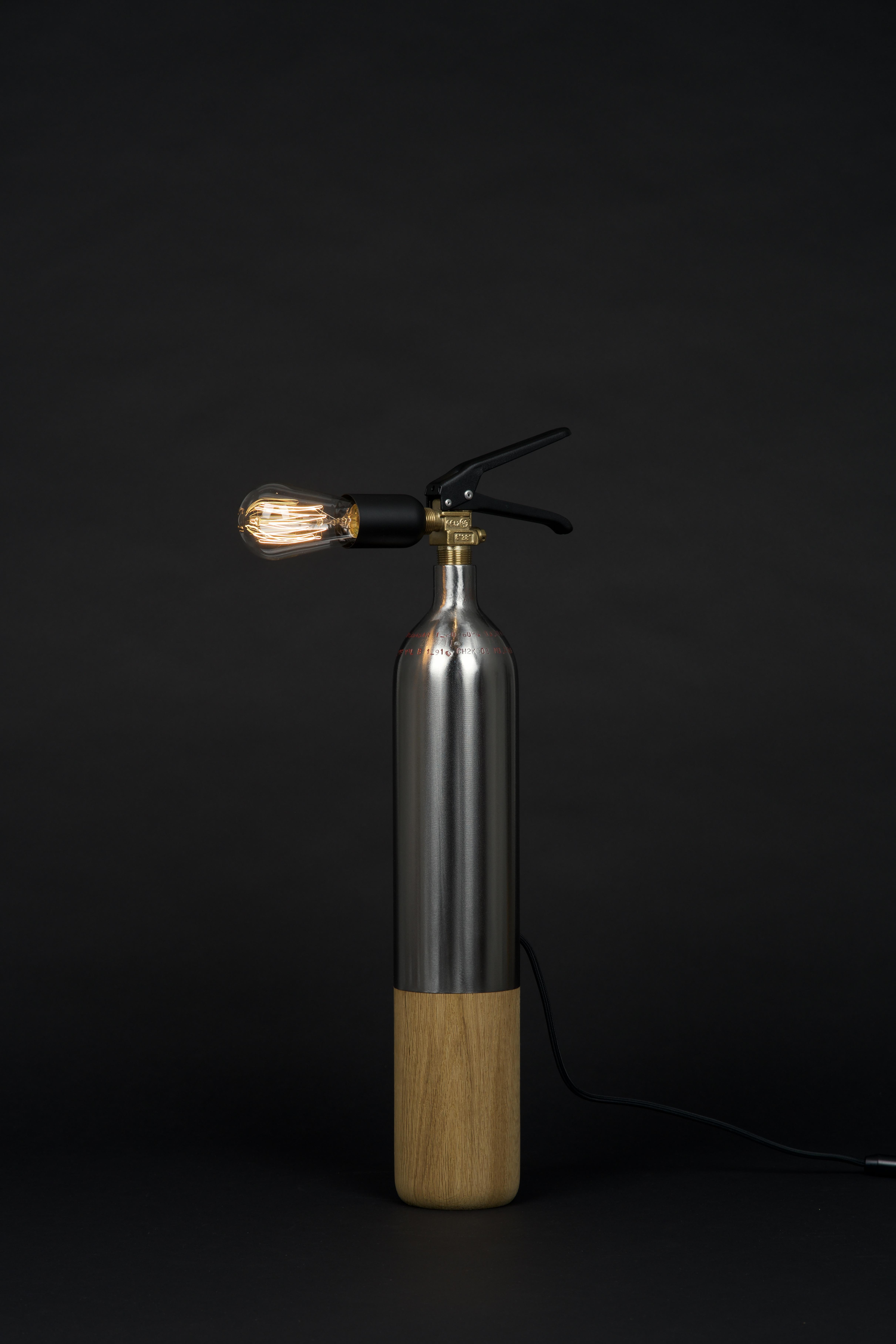 Oak Steel M 1