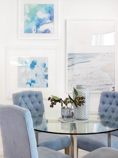 A light blue colour scheme creates a calming dining setting