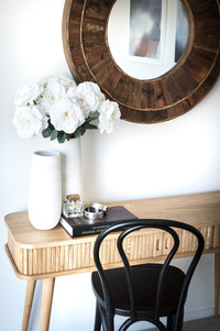 Elegant Dressing Table