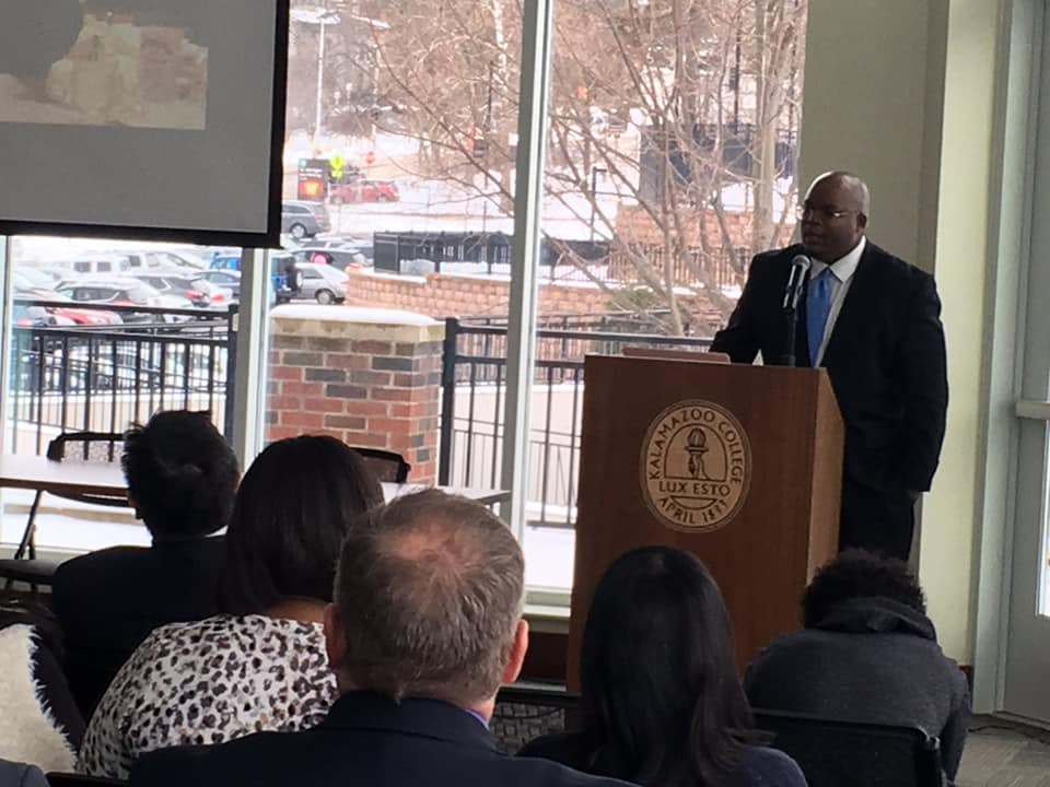 Dr. Bell Speaking At Kalamazoo College