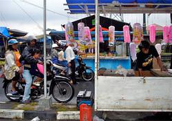 The candy stall / De snoepkraam