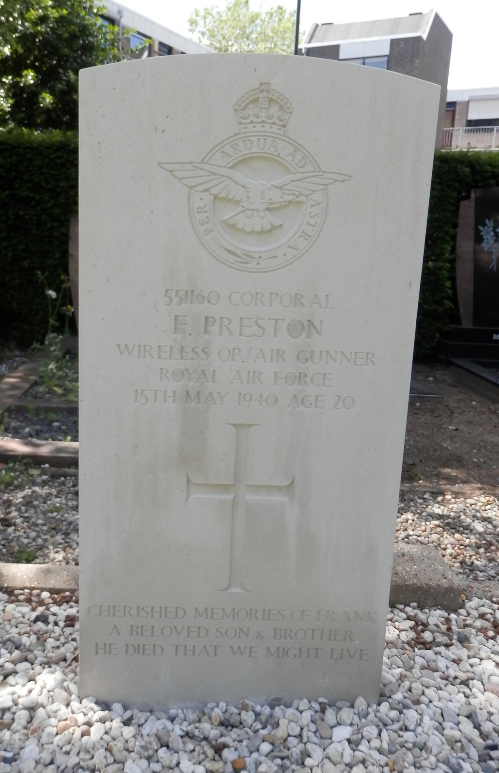 War Grave of Frank Preston at Oosterhout