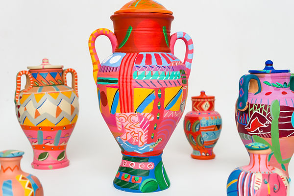 Matheus Chiaratti-Plethora-painted jars_