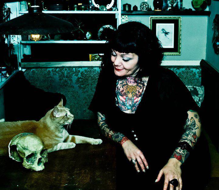 Faye the Psychic reading Gobi