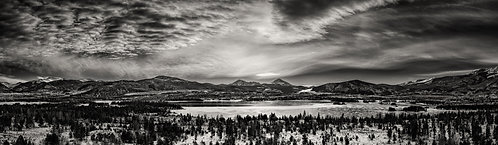 Lake Dillon Panorama B/W