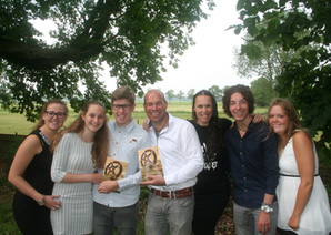 Foto Post: opening boek in St Michaelskerkje in Dennenburg.