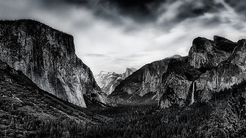 Tunnel View B/W