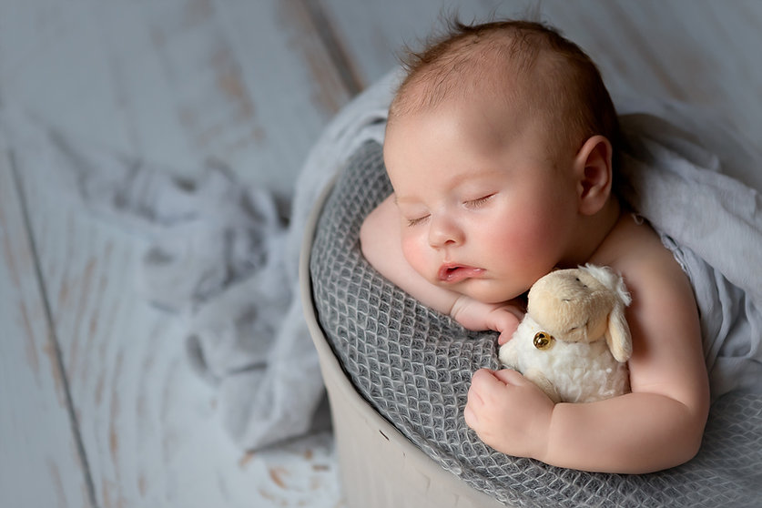newborn photography session Manchester