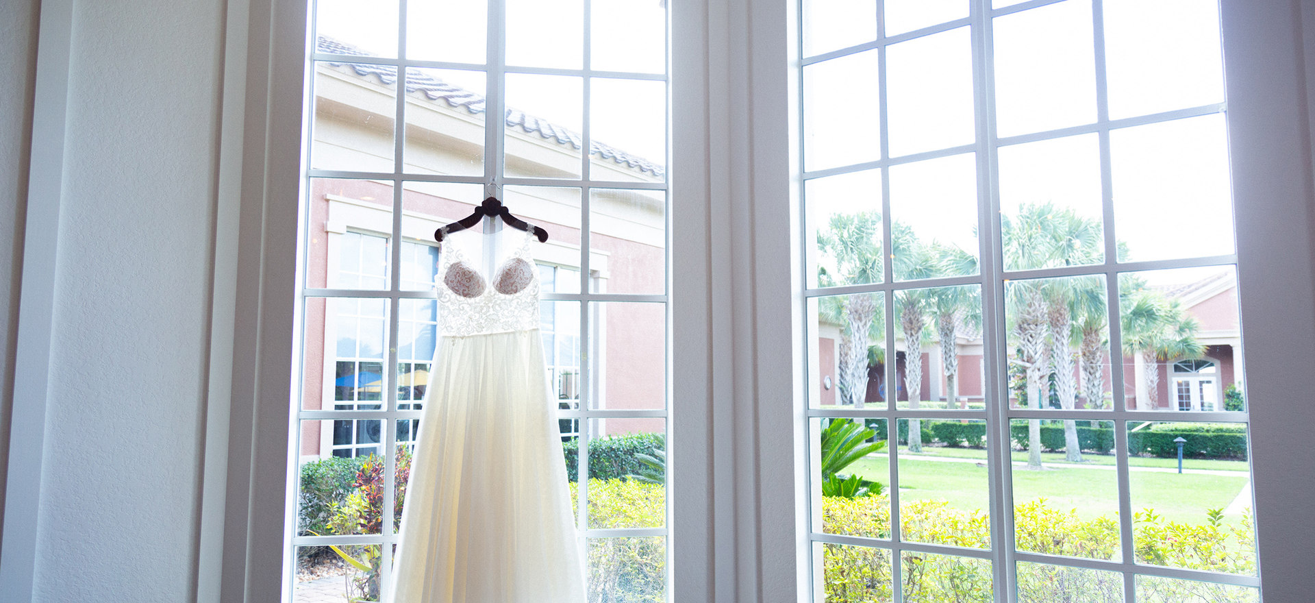 Weddinggown.jpg