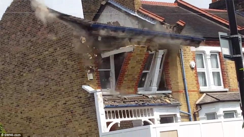 London house collapse