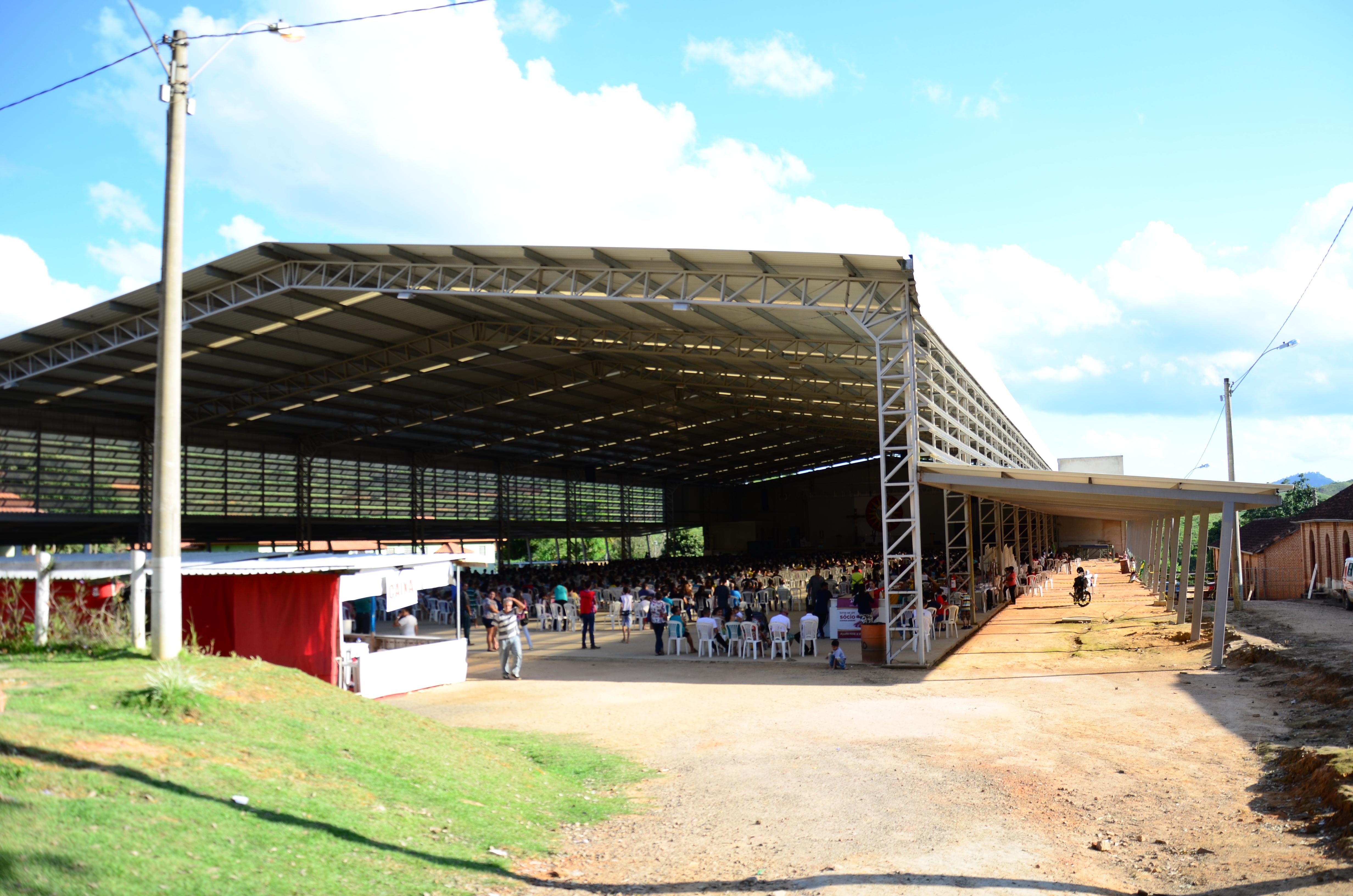 Inaugurado no dia 07 de abril de 2013, o galpão tem capacidade para receber 10 mil pessoas em pé e 5