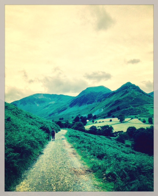 The path into Newlands valley.