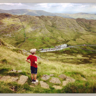 Red Screes looking back to the Kirkstone Inn.